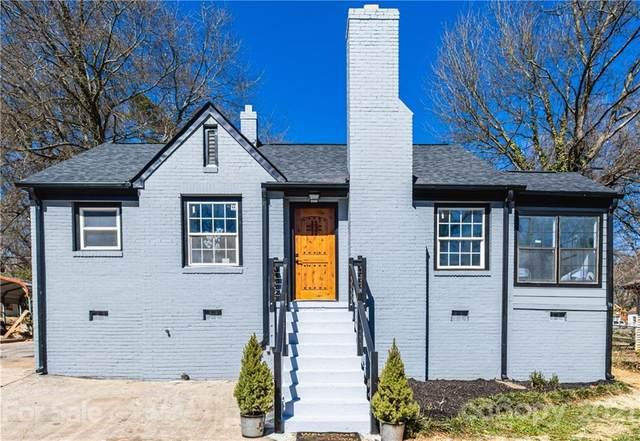 2608 Clydesdale Terrace, Charlotte, NC 28208 (#3714156) :: The Premier Team at RE/MAX Executive Realty