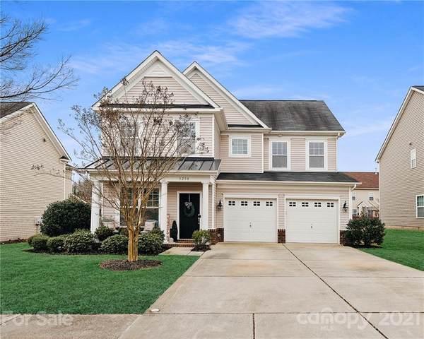 3230 Shadowy Retreat Drive, Matthews, NC 28104 (#3714261) :: Mossy Oak Properties Land and Luxury