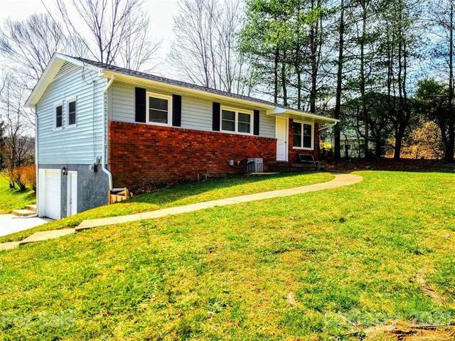 7 Youngs Cove Road, Candler, NC 28715 (#3714629) :: Rowena Patton's All-Star Powerhouse