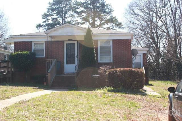2607 Celia Avenue, Charlotte, NC 28216 (#3715434) :: The Mitchell Team