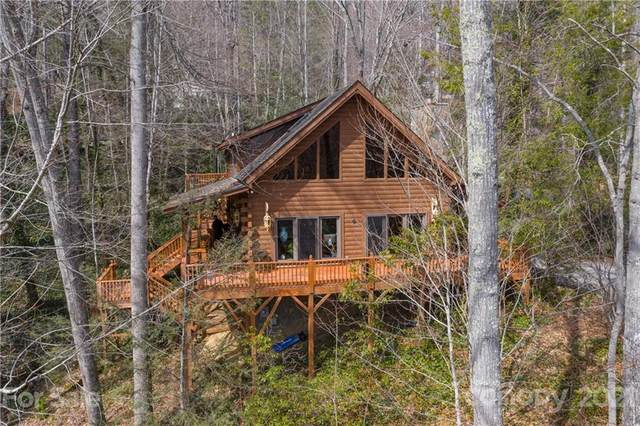 89 Red Oak Drive, Maggie Valley, NC 28751 (#3716148) :: The Ordan Reider Group at Allen Tate