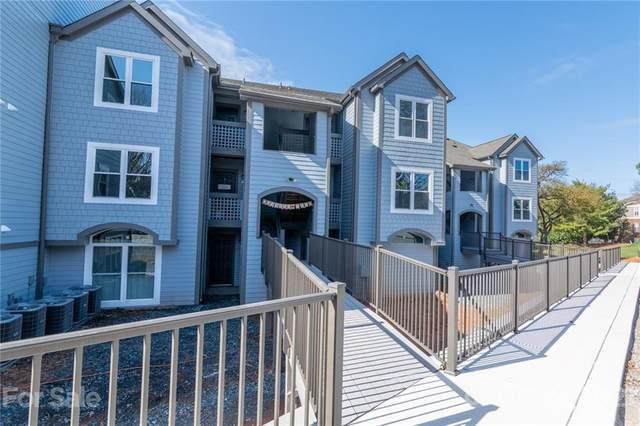 18741 Nautical Drive #204, Cornelius, NC 28031 (#3716321) :: Cloninger Properties