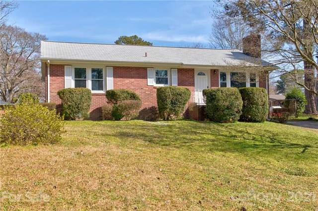 1247 Westover Circle, Rock Hill, SC 29732 (#3716470) :: Lake Wylie Realty