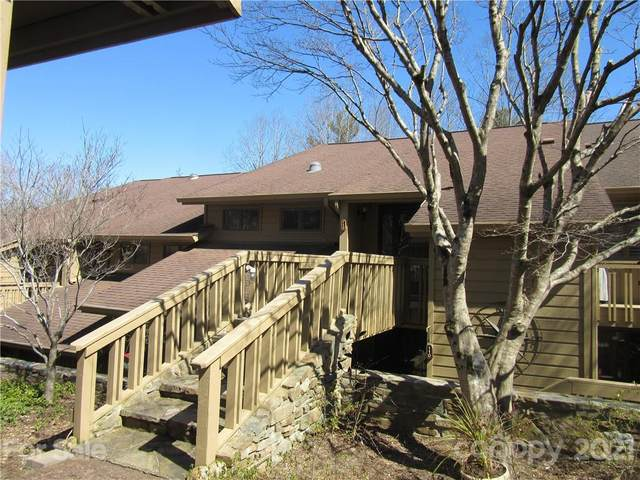 112 Live Oak Lane #112, Hendersonville, NC 28791 (#3716683) :: Keller Williams Professionals