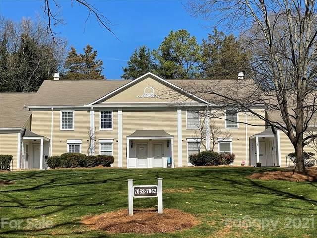 7060 Quail Hill Road, Charlotte, NC 28210 (#3717145) :: Robert Greene Real Estate, Inc.