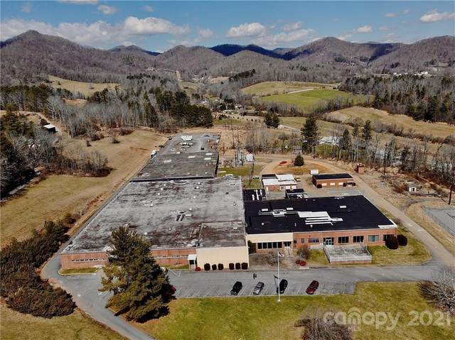 400 Hickory Drive, Mars Hill, NC 28754 (#3717299) :: Stephen Cooley Real Estate Group