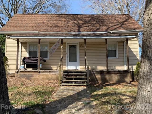 208 Lee Avenue W, Bessemer City, NC 28016 (#3718129) :: Besecker Homes Team