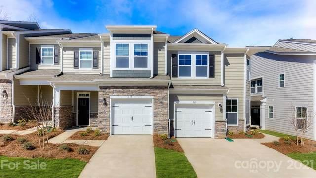 744 Little Blue Stem Drive, Lake Wylie, SC 29710 (#3718273) :: High Performance Real Estate Advisors