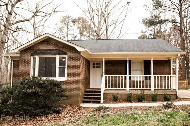 6713 High Gap Road, Waxhaw, NC 28173 (#3718302) :: Caulder Realty and Land Co.