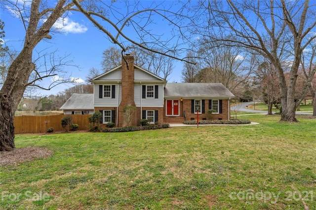 3347 Tracelake Drive, Matthews, NC 28105 (#3719088) :: Caulder Realty and Land Co.