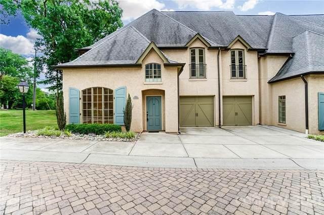 8828 Provence Village Lane, Charlotte, NC 28226 (#3719419) :: Willow Oak, REALTORS®