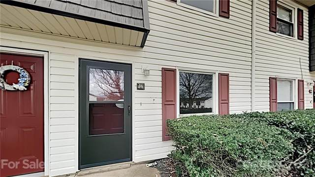 7925 Shady Oak Trail #14, Charlotte, NC 28210 (#3720102) :: Carver Pressley, REALTORS®