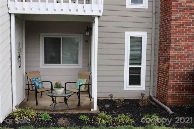 6123 Heath Ridge Court B, Charlotte, NC 28210 (#3720475) :: Austin Barnett Realty, LLC