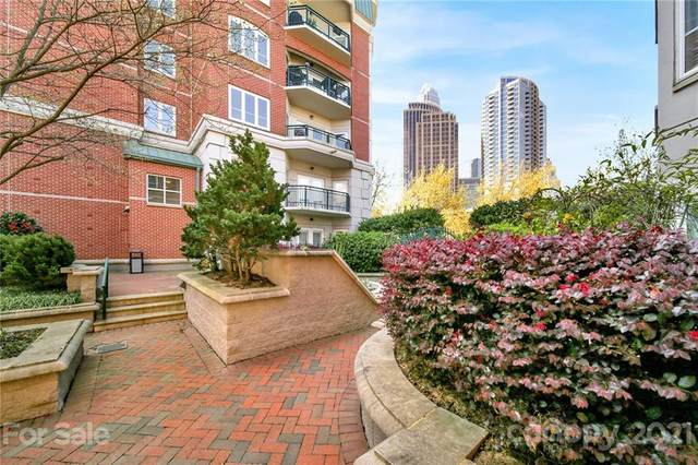 415 N Church Street #313, Charlotte, NC 28202 (#3721028) :: Johnson Property Group - Keller Williams