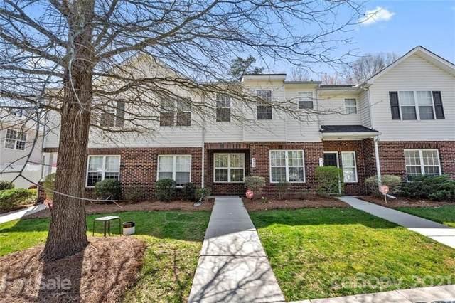 4322 Yoruk Forest Lane, Charlotte, NC 28211 (#3721604) :: Lake Norman Property Advisors