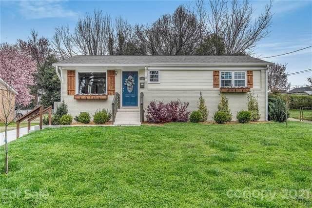 2314 Crestview Drive, Charlotte, NC 28216 (#3721639) :: Rhonda Wood Realty Group