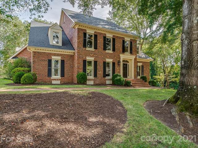 5425 Summerpond Court, Charlotte, NC 28226 (#3721766) :: Caulder Realty and Land Co.