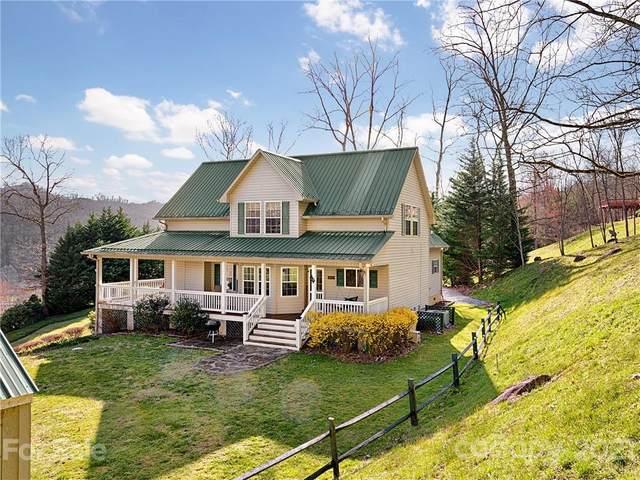 69 Season Vista Drive, Waynesville, NC 28785 (#3721907) :: High Performance Real Estate Advisors