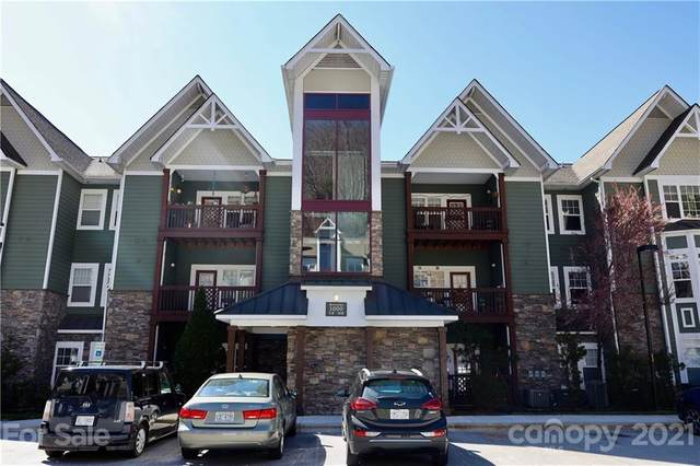1000 Olde Eastwood Village Boulevard 3B, Asheville, NC 28803 (#3722115) :: LePage Johnson Realty Group, LLC