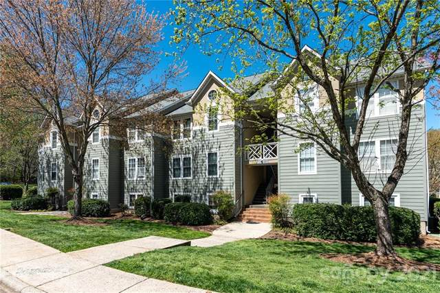 19839 Henderson Road B, Cornelius, NC 28031 (#3722249) :: Scarlett Property Group