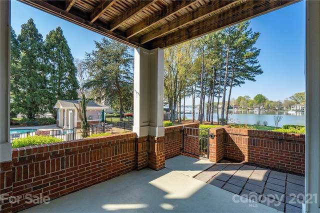 7812 Village Harbor Drive, Cornelius, NC 28031 (#3722285) :: High Performance Real Estate Advisors