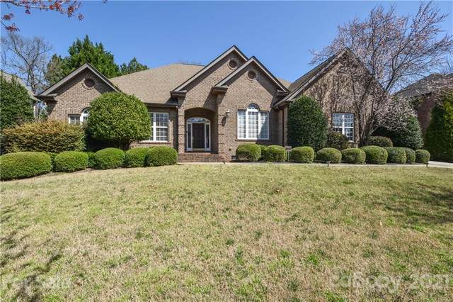 17007 Jib Sail Court, Cornelius, NC 28031 (#3722332) :: Lake Norman Property Advisors