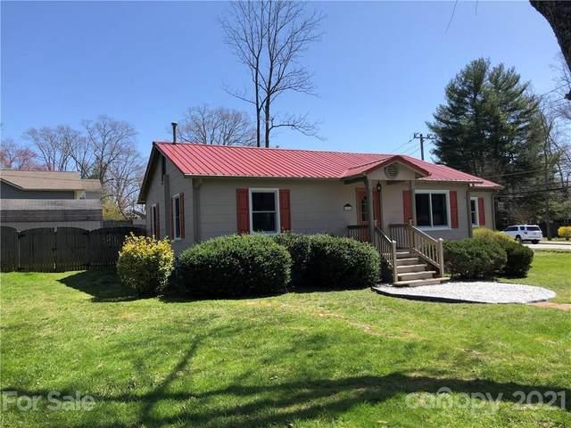 1510 Ridgewood Boulevard, Hendersonville, NC 28791 (#3722374) :: Lake Wylie Realty