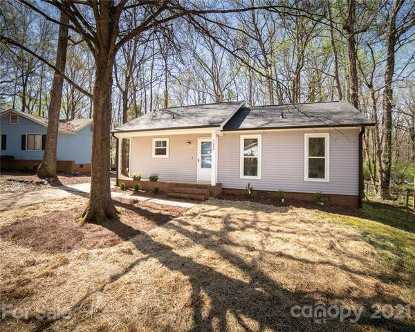 5030 Glenview Court, Charlotte, NC 28215 (#3722382) :: Rowena Patton's All-Star Powerhouse