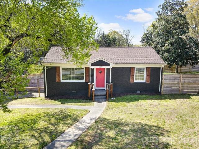 1300 Meadow Lane, Charlotte, NC 28205 (#3722424) :: Carolina Real Estate Experts