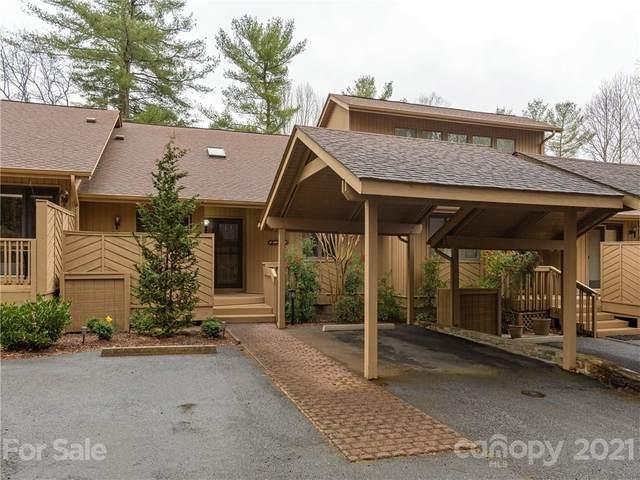 207 White Oak Drive, Hendersonville, NC 28791 (#3722542) :: Cloninger Properties