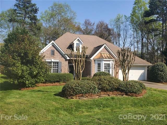 8667 Brook Glen Lane, Huntersville, NC 28078 (#3722736) :: Home and Key Realty