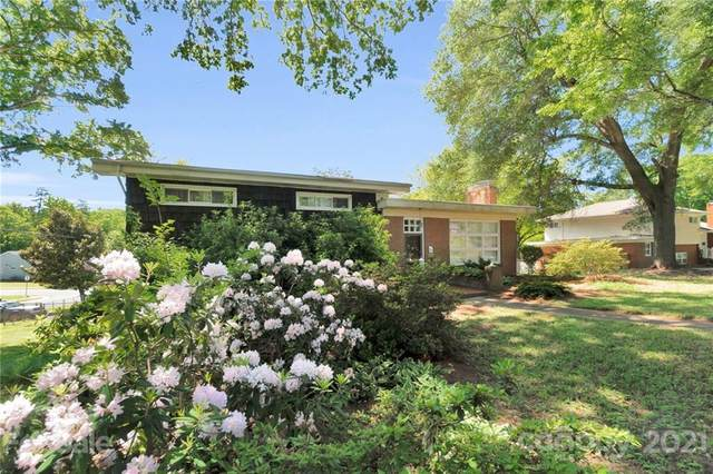 5448 Alpine Lane, Charlotte, NC 28269 (#3722923) :: High Performance Real Estate Advisors