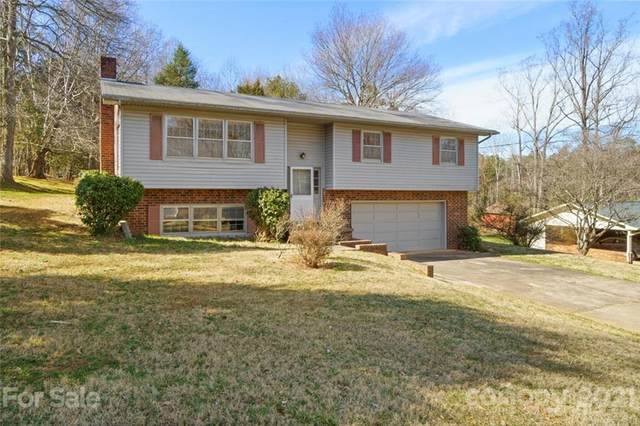 2561 30th Drive, Hickory, NC 28601 (#3722966) :: Caulder Realty and Land Co.