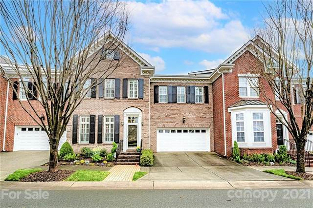 6309 Wakehurst Road, Charlotte, NC 28226 (#3723067) :: Rowena Patton's All-Star Powerhouse