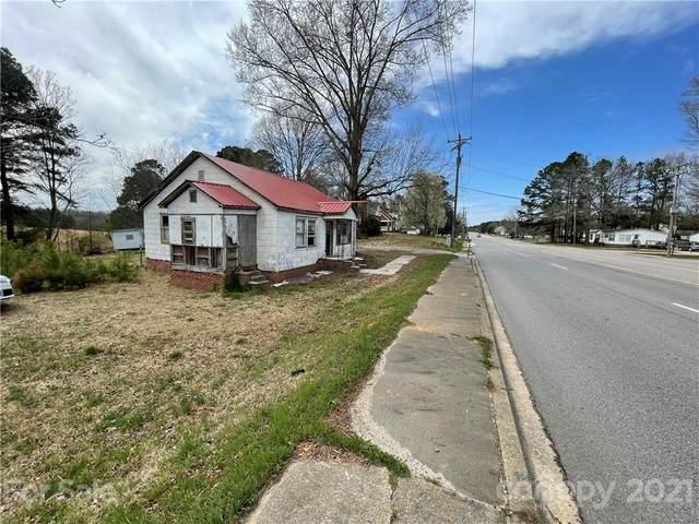 1632 Flat Creek Road, Lancaster, SC 29720 (#3723246) :: Todd Lemoine Team