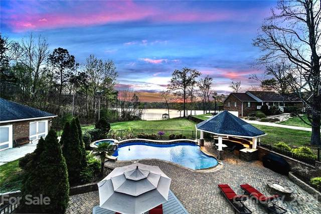 5230 Plantation Ridge Road, Charlotte, NC 28214 (#3723665) :: High Performance Real Estate Advisors