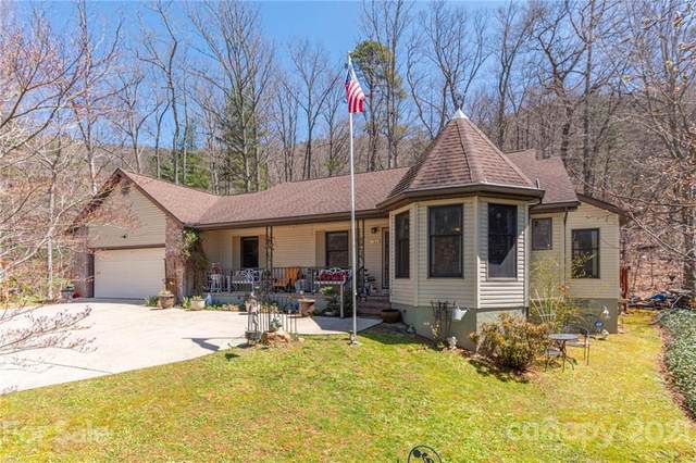 163 Woodburn Drive, Swannanoa, NC 28778 (#3724149) :: The Ordan Reider Group at Allen Tate