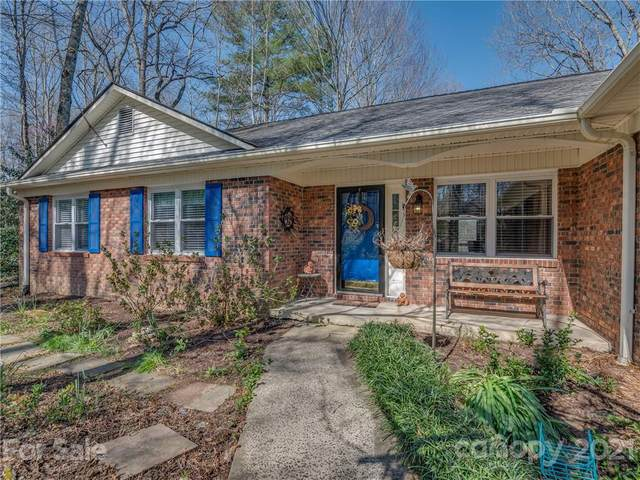 705 Victory Lane, Hendersonville, NC 28739 (#3724610) :: Keller Williams South Park