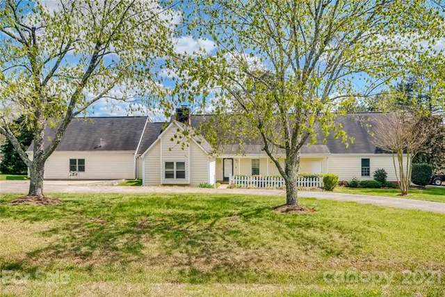 8202 Tenille Place, Mint Hill, NC 28227 (#3725827) :: The Mitchell Team