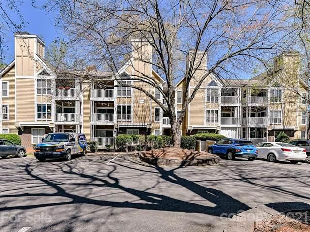 2518 Cranbrook Lane #7, Charlotte, NC 28207 (#3726115) :: High Performance Real Estate Advisors