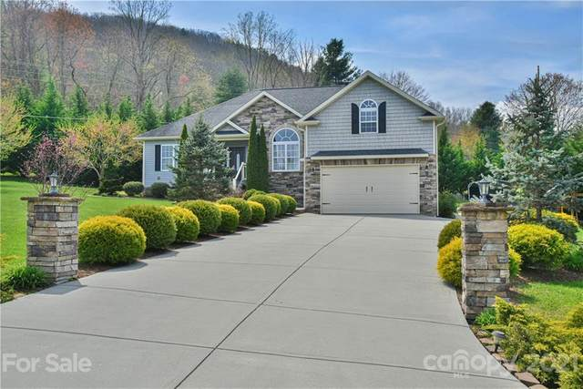 5 Ivy Garden Drive, Candler, NC 28715 (#3726636) :: LePage Johnson Realty Group, LLC