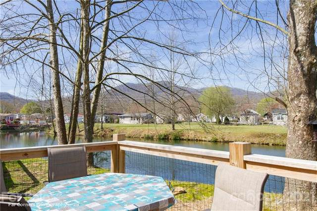 120 Pike Point #252, Waynesville, NC 28785 (#3726679) :: Johnson Property Group - Keller Williams