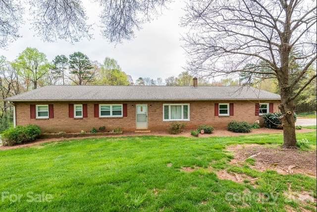330 29th Avenue NE, Hickory, NC 28601 (#3726957) :: MartinGroup Properties