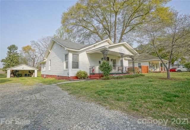 205 S Pine Street, Dallas, NC 28034 (#3727168) :: Johnson Property Group - Keller Williams