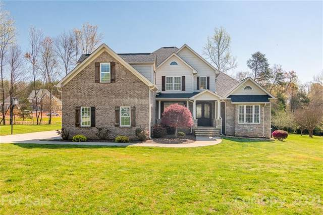 139 Cedar Woods Drive, Mooresville, NC 28117 (#3727212) :: LKN Elite Realty Group | eXp Realty