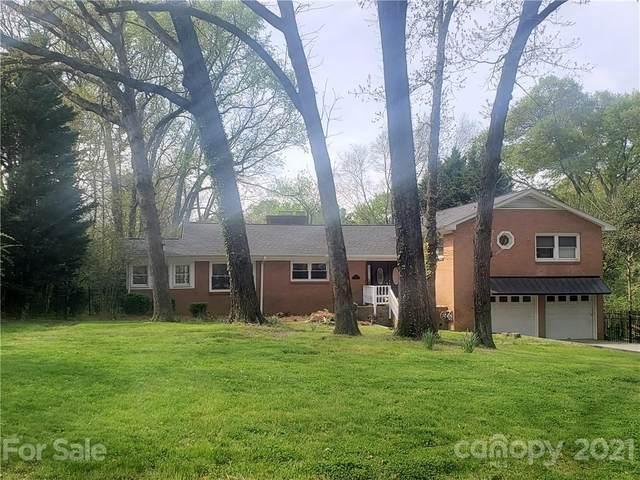 4632 Carmel Vista Lane, Charlotte, NC 28226 (#3727474) :: MartinGroup Properties