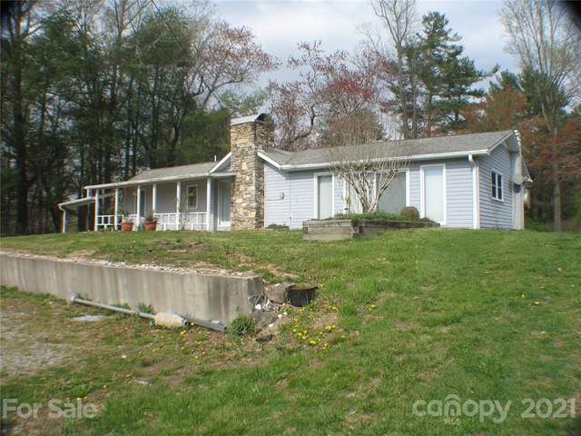 2060 Ridge Road, Hendersonville, NC 28792 (#3727507) :: Caulder Realty and Land Co.