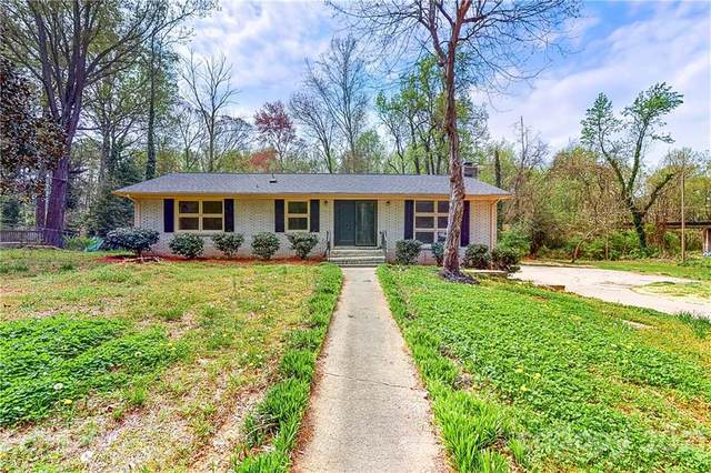 3200 Denson Place, Charlotte, NC 28215 (#3727554) :: Rowena Patton's All-Star Powerhouse
