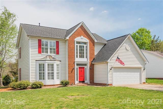17201 Chardonnay Court, Cornelius, NC 28031 (#3727591) :: High Performance Real Estate Advisors