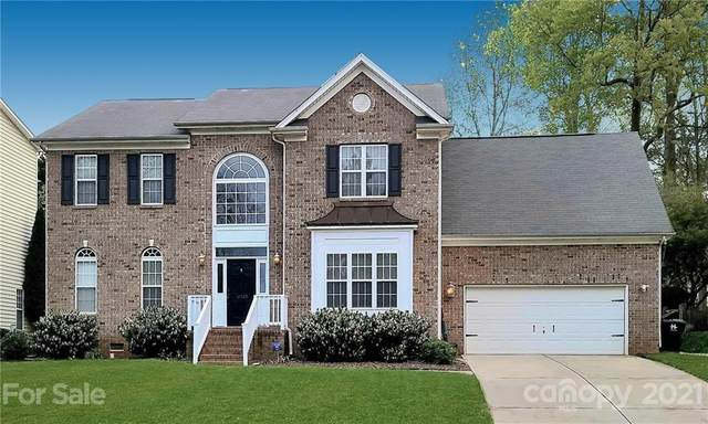 12025 Farnborough Road, Huntersville, NC 28078 (#3727599) :: MartinGroup Properties